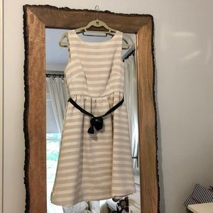 Lilly Pulitzer White and gold stripped dress